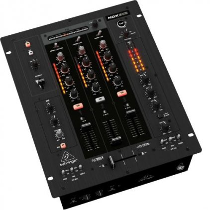 Behringer NOX303 DJ