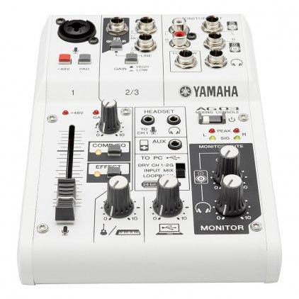 Караоке-микшер Yamaha AG03/DM305