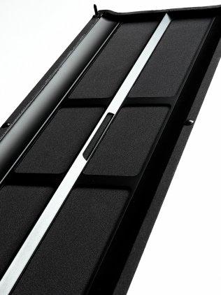 Настенная акустика Vienna Acoustics Waltz Grand piano black