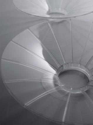 Центральный канал Vienna Acoustics Poetry piano black