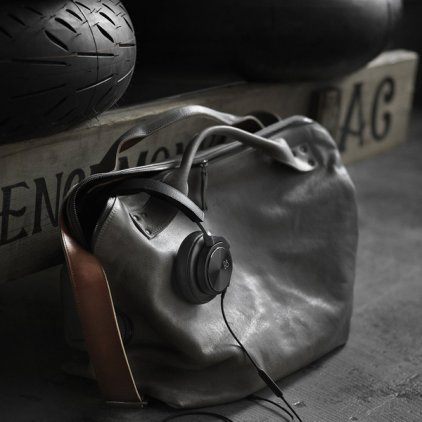Bang & Olufsen BeoPlay H6 (2nd generation) natural leather