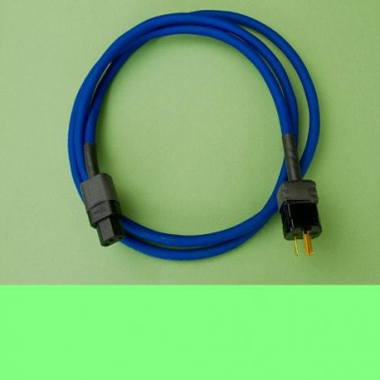 Straight Wire blue thunder 1m (IEC 15amp male - 15amp female EU)