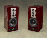 McIntosh XR50 red walnut