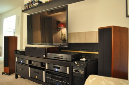 Vienna Acoustics Maestro Grand piano black
