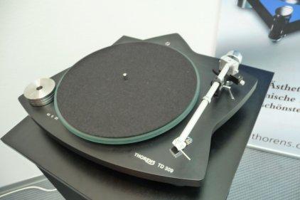 Thorens TD 309 black (с тонармом TP 92)