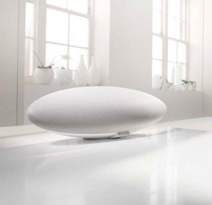 B&W Zeppelin Wireless white