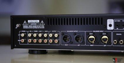 Rotel RC-1570 black