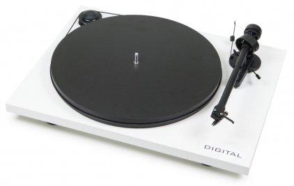 Pro-Ject ESSENTIAL II DIGITAL (OM 5e) piano black