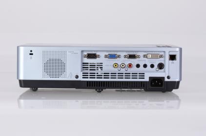 Проектор EIKI LC-XB100