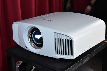 Проектор Sony VPL-VW520ES/W