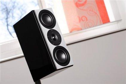 Полочная акустика System Audio SA Mantra 10 High Gloss Black