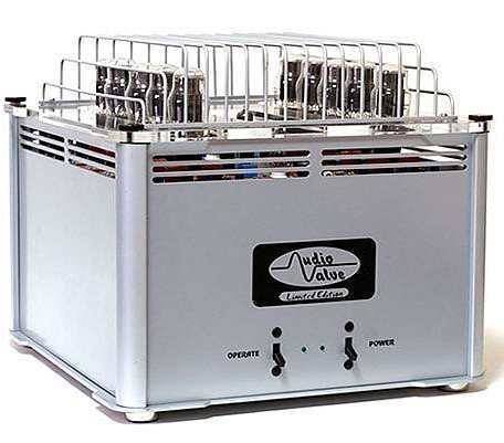 AUDIO VALVE Baldur 300 silver/chrome